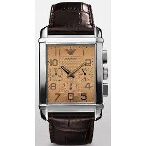 Se vieillir avec une montre avec cadran beige