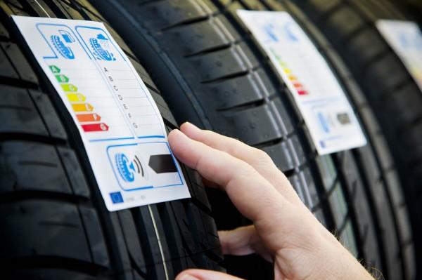 Etiquetage d'un pneu