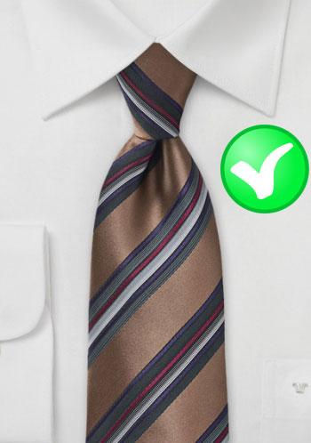 Cravate unie chemise rayée